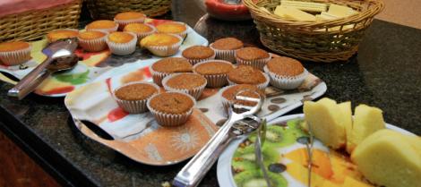 Muffins och sockerkakor som man tydligen skulle hälla chokladsås, mintgegga och jordgubbskräm på.