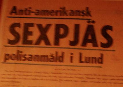 Men KOLLA vilka fina pressklipp som sitter i foajén på Lilla Teatern i Lund!