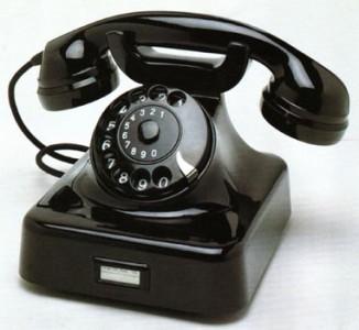 Bakelittelefon – en sådan som min mormor hade.