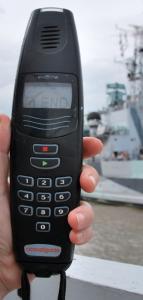 HMS Belfasts guide med lättbegripligt gränssnitt. On/off, liksom.