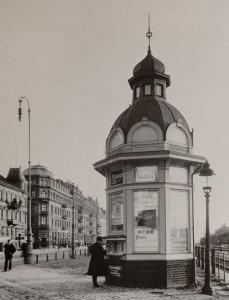 Pressbyråns allra första kiosk. (Helsingborg 1903.)