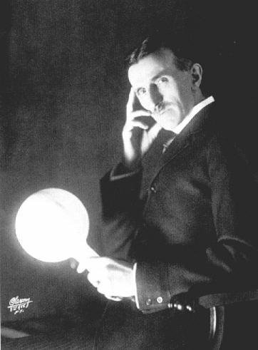 """""""Håll upp glödlampan, titta hit och lägg handen på kinden så att det ser ut som om du tänker!"""""""