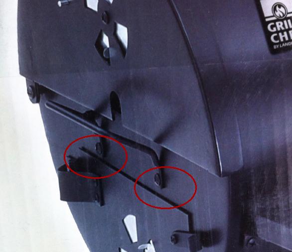 Så här satt handtaget på bilden på grillens kartong.