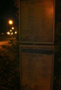 Nattsvart busstidtabell.