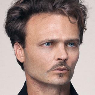 August Strindberg i färg.