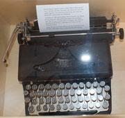 Alf Henriksons skrivmaskin.