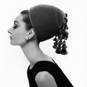 Audrey Hepburn klädde i precis vad som helst.