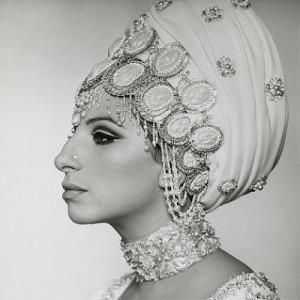 Barbra Streisand försökte smälta in eftersom hon inte gillar uppmärksamhet.
