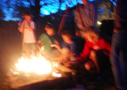 Det brinner i trädgården!