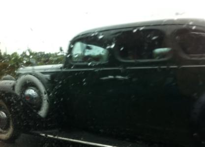 Vi körde även om denna bil, som väl är en 1930-talare? Då skrek jag av förtjusning.