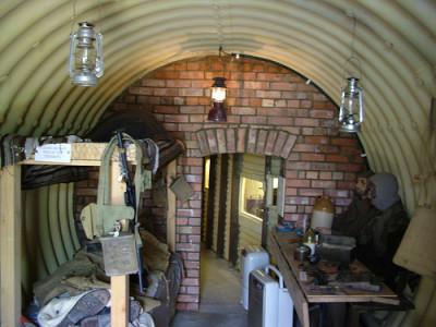 Det finns även museer som har försökt återskapa bunkern – ungefär så här kan det ha sett ut.