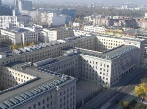 Luftfahrtsministerium-huset från ovan. (Dit upp cyklade vi inte.)