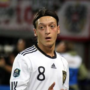 Mesut_Özil,