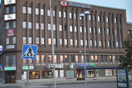 Men naturligtvis har även Härnösand drabbats av 1970-talsarkitektur.