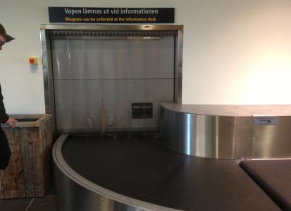 På flygplatsen har de en specialskylt.