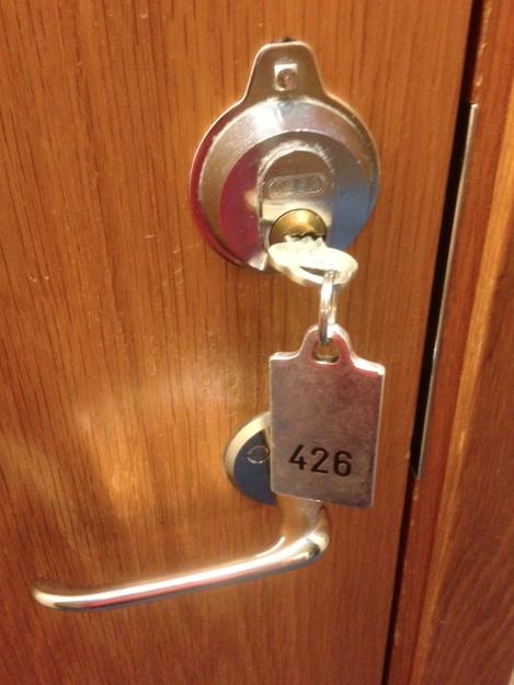 Och se – hotellet har nycklar! Riktiga nycklar!