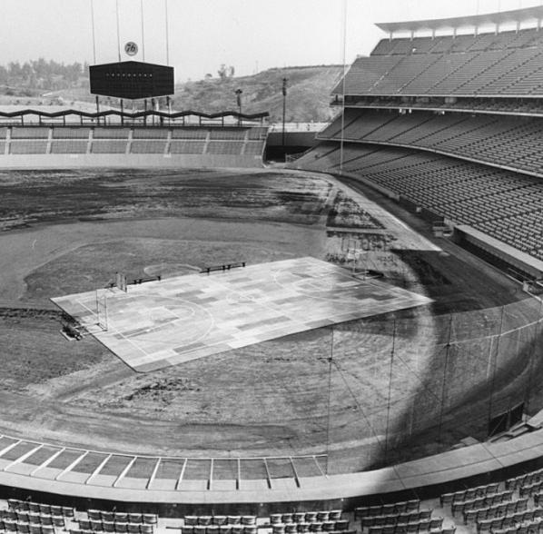 Här har planen lagts ut på Dodgers basebollstadium.