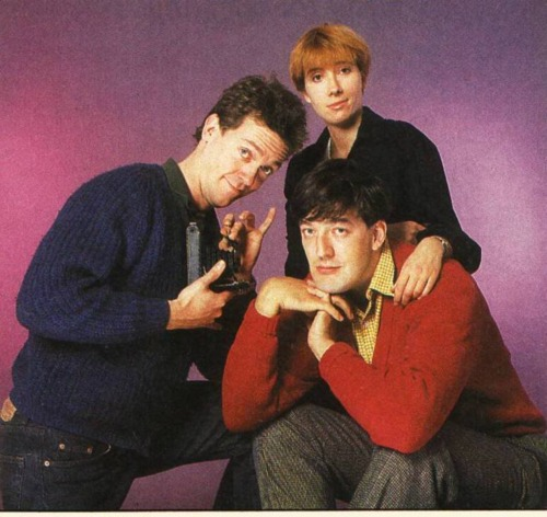 Och så var det ju Emma Thompson som redan 1980 sammanförde Stephen Fry och Hugh Laurie i Footlights.