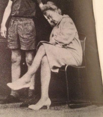 Tennismatcherna i Wimbledon var 1964 så trista (ingen sprang fram på nät) att domarna (som hade pumps) somnade och fick väckas av närmaste bollkalle.